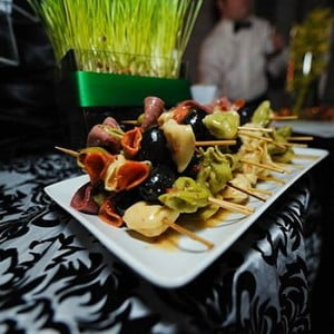 Perfect Menu for Wedding Reception Mingling