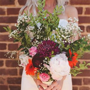 JUNE BUGS WEDDINGS :: Southern Boho Wedding at The Cotton Warehouse