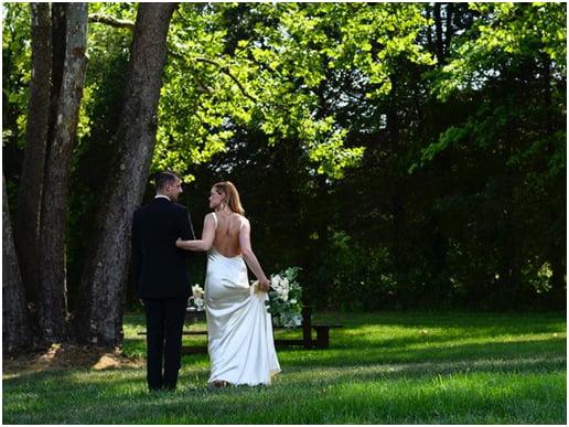 sleek-simple-wedding-dress